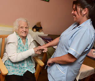 Keyworker Service in Grimsby | Waltham House Care home Lincolnshire